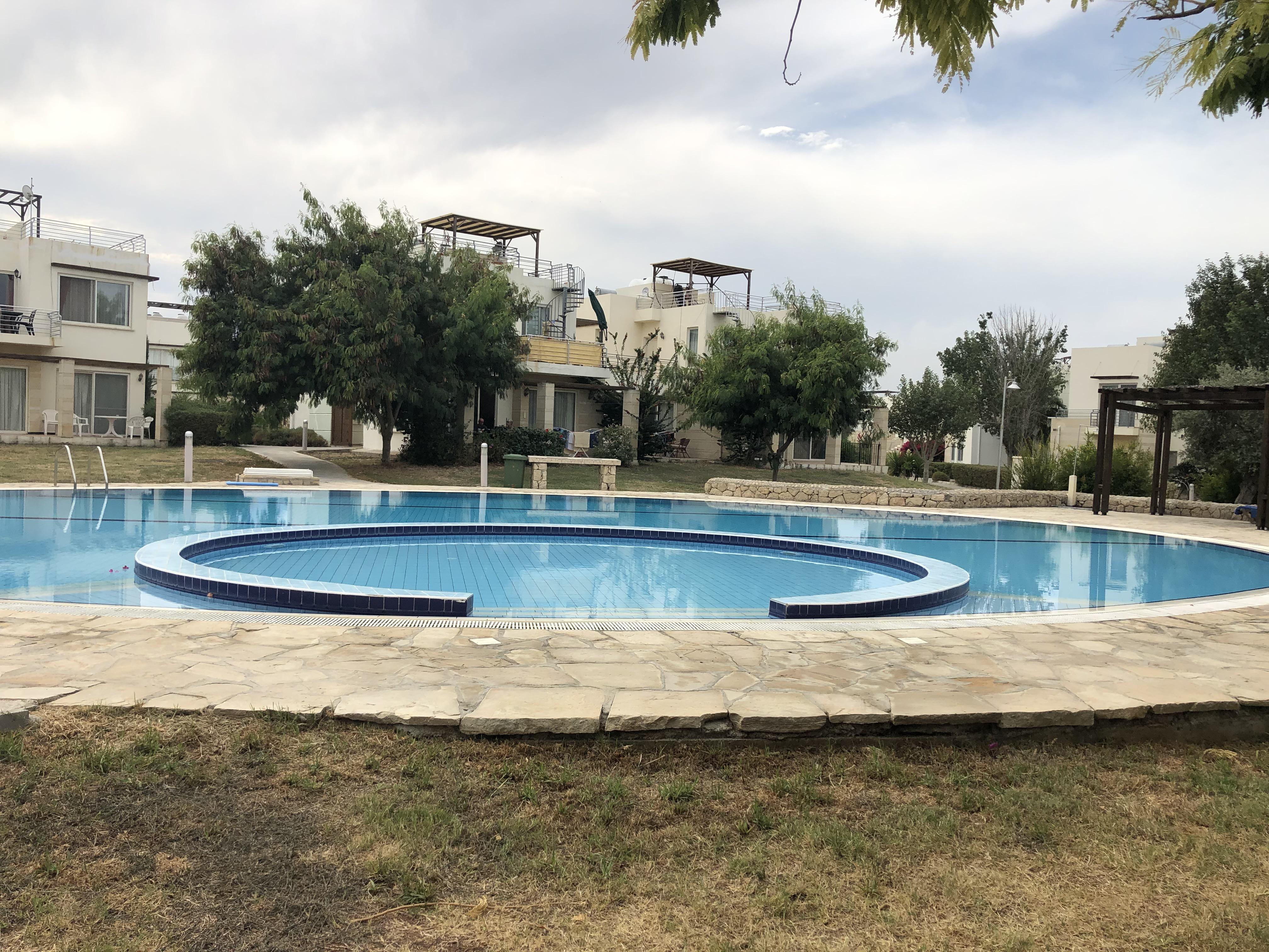 Ett av totalt 6 felles svømmebasseng