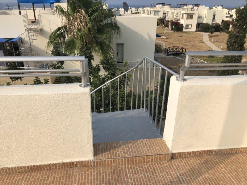 Trapp fra terrassen opp til takterrassen