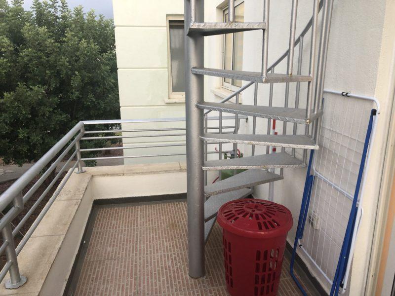 Aluminiumstrapp opp til privat takterrasse